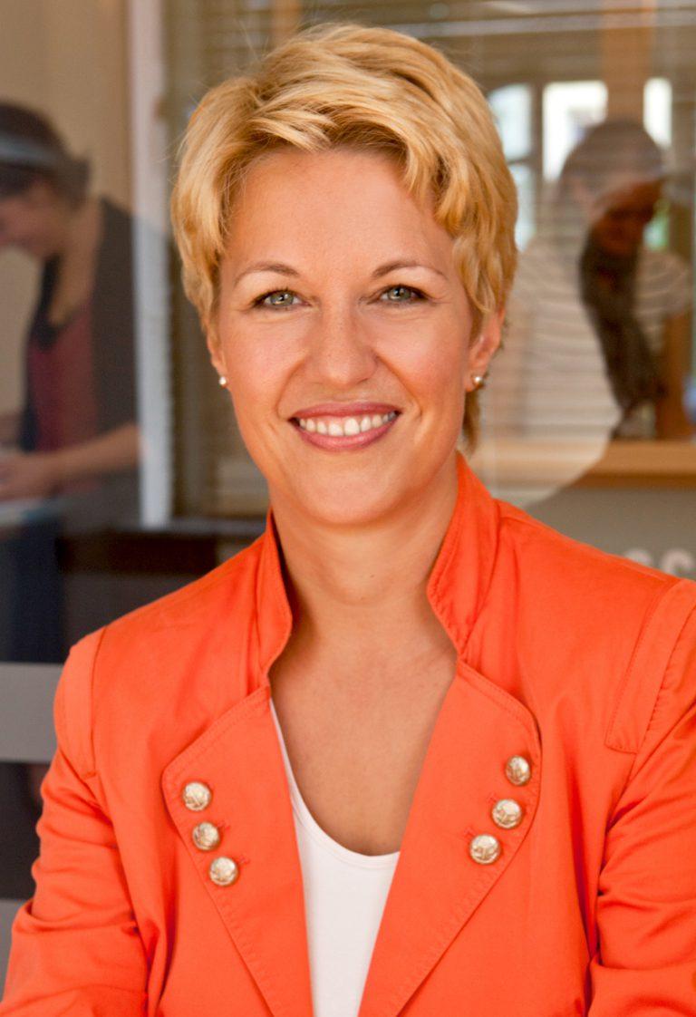 Profilbild_Andrea_Ney_FDP